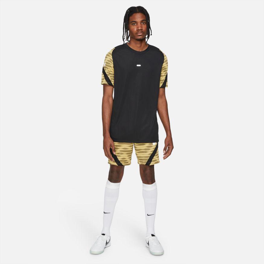 Nike Dri-FIT Strike L