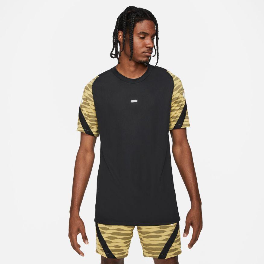 Nike Dri-FIT Strike Shirt L